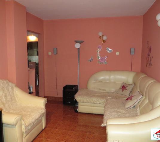 Apartament 4 camere Micro 17 - imagine 1