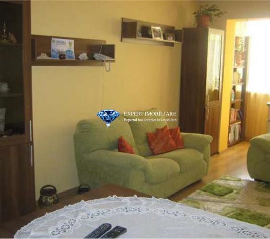 Apartament 2 camere in zona Vlahuta - imagine 1