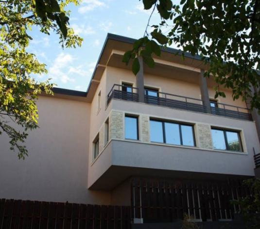 Casa cuplata, cartierul Marasti, strada Nasaud - imagine 1