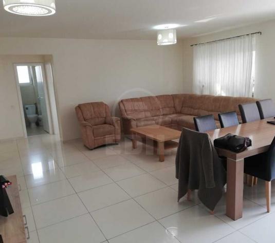 Apartamente de vanzare 4 camere Cluj-Napoca, Europa - imagine 1