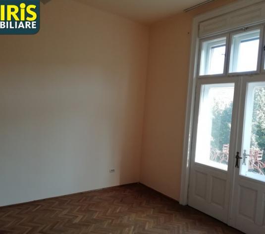 Apartament 3 camere cladire istorica, ultracentral - imagine 1