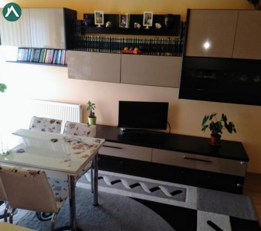 PF vând apartament 2 camere zona Câmpului  - imagine 1
