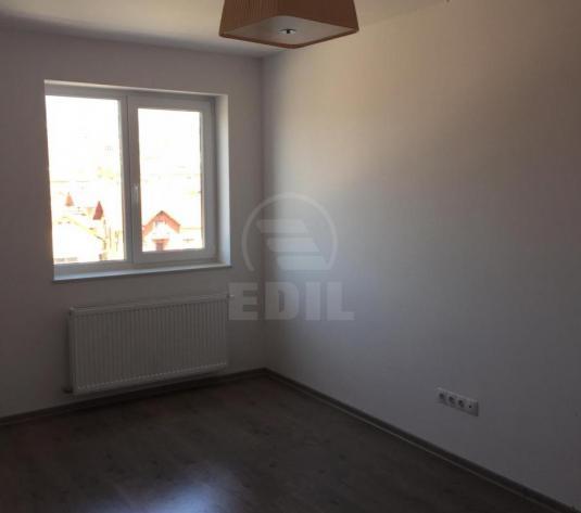 Apartamente de vanzare 3 camere Cluj-Napoca, Dambu Rotund - imagine 1