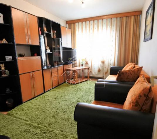 Milcov - zona Kaufland - 2 camere semidecomandate - numai 26.900 EUR - imagine 1