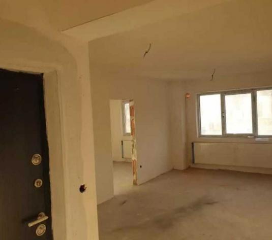 Vanzare apartament 3 camere in Baciu zona Petrom - imagine 1