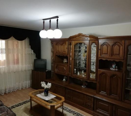 Apartament 3 camere/ Decomandat - imagine 1