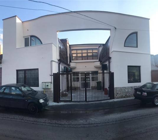 Cladire/Spatiu Comercial,Marasti,247 mp ,curte interioara - imagine 1