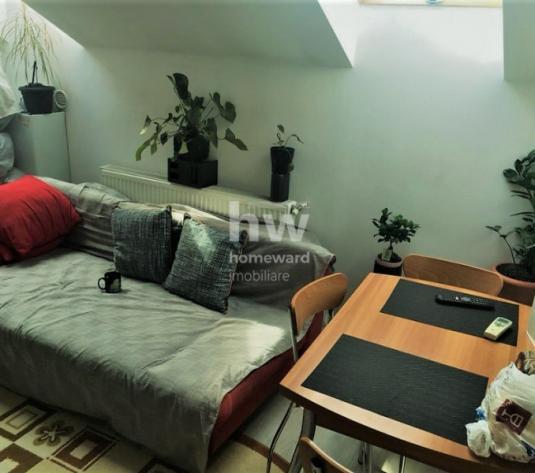 Vanzare apartament la mansarda, 2 camere, 40mp, zona Kaufland Marasti - imagine 1