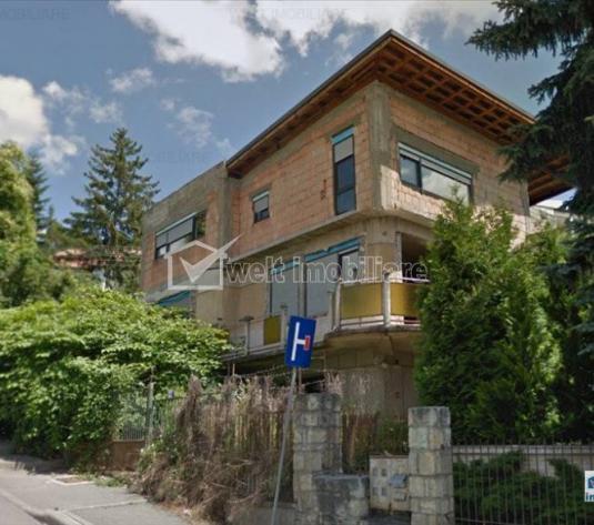 Casa la rosu intr-o locatie de top din Grigorescu, teren 540 mp, front la strazi