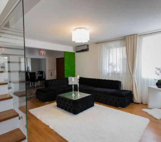 Vanzare apartament 3 camere in Europa zona PROFI - imagine 1