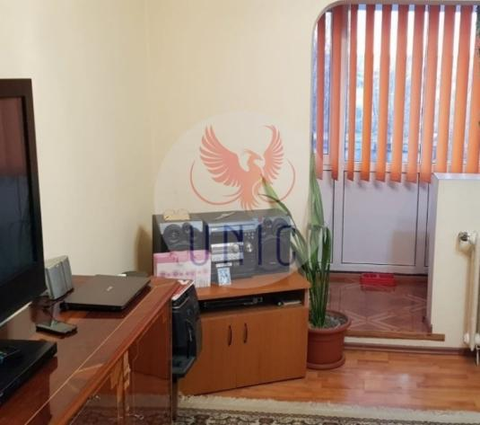Apartament 2 camere, 49 mp, Decomandat - imagine 1