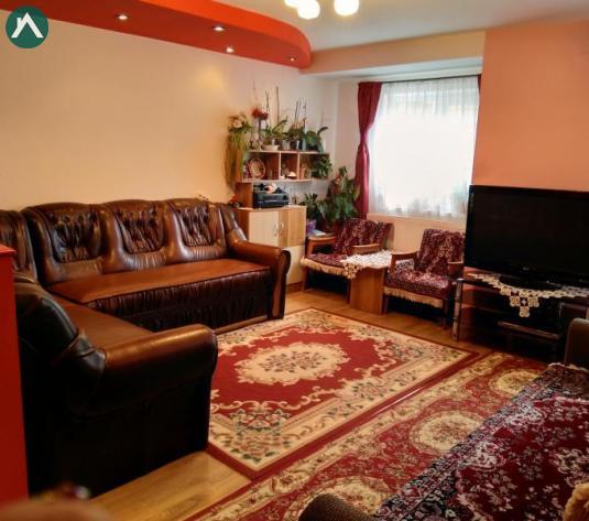 PF.vand apartament la cheie ,3 camere, Florești - imagine 1