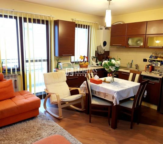 3 camere, mobilat si utilat, etaj 1/2, parcare, zona Andrei Muresanu - imagine 1
