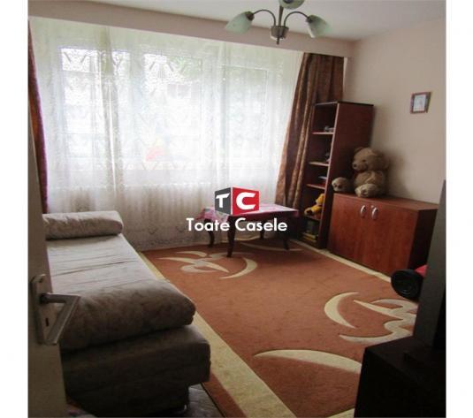 Apartament cu 3 camere, zona Donath ( Coloane ) - imagine 1