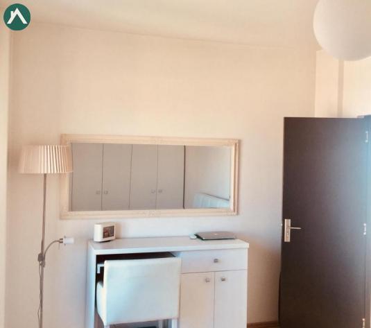 Vand apartament str Traian  - imagine 1