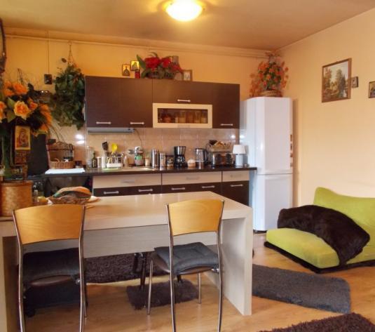 Apartament 2 camere in Selimbar - imagine 1