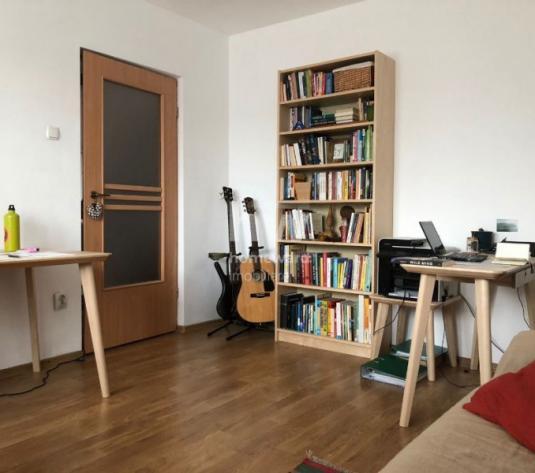 Inchiriere apartament 2 camere, decomandat, Zona Coloanele Donath - imagine 1