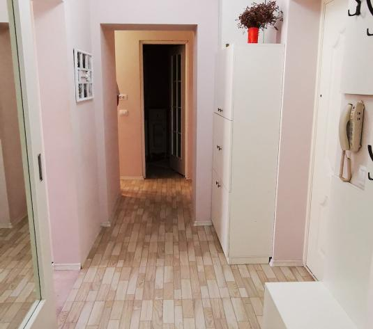 Apartament 2 camere decomandate Ultracentral - 3 minute UMF - imagine 1
