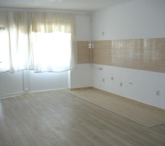 Apartament 2 camere zona Calea Cisnadiei - imagine 1