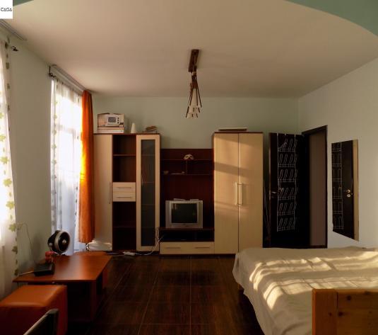 Apartament de inchiriat cu  2 camere 62mp, zona Moldova Mall - imagine 1