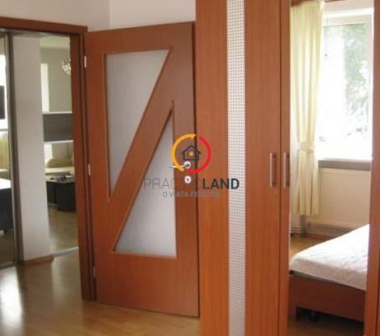 Apartament   in zona istorica a  Brasovului , de inchiriat ! - imagine 1