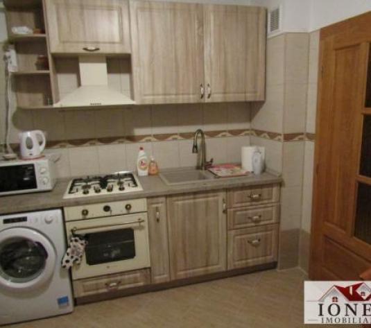 Apartament 2 camere pentru inchiriere in Alba Iulia,cetate (ID: 4018) - imagine 1