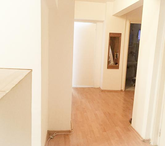 Apartament 3 camere Prundu Pitesti 58000 - imagine 1