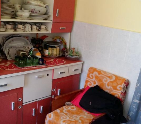 Vand casa 4 camere, teren 1100mp, zona Parneava - imagine 1