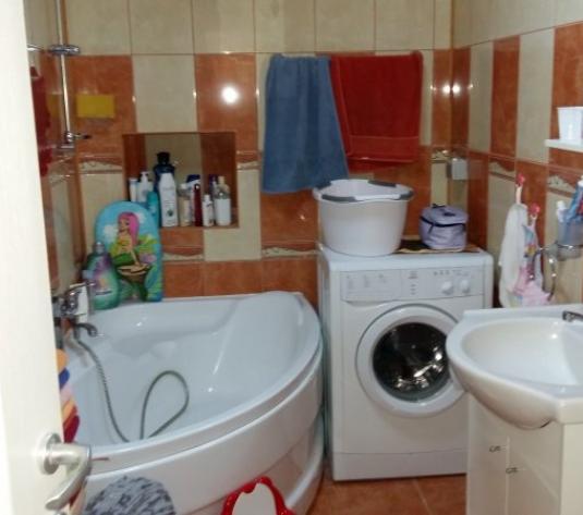 Vand casa 3 camere, zona Micalaca - imagine 1