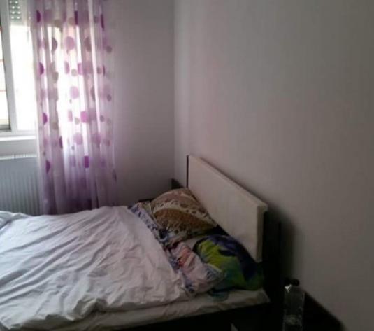Inchiriez apartament 2 camere, etaj intermediar, ARED UTA - imagine 1