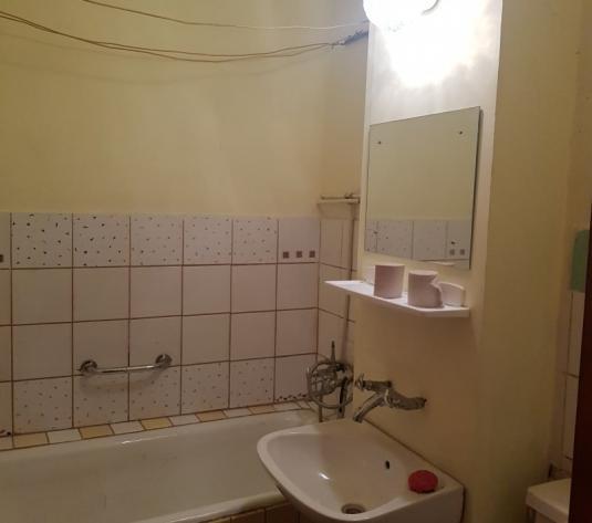 Vand garsoniera confort 1, etajul 2, zona Micalaca 200 - imagine 1