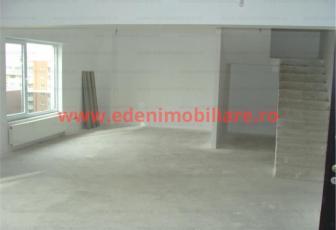 Apartament 4 camere de vanzare in Cluj, zona Semicentral, 104000 eur