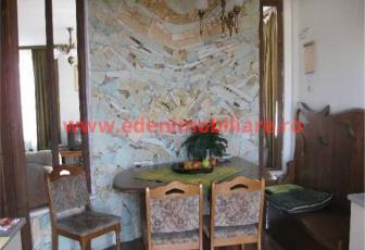 Apartament 4 camere de vanzare in Cluj, zona Europa, 110000 eur