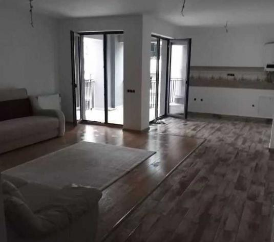 Vanzare apartament 3 camere in Buna Ziua zona Complex Bonjour - imagine 1