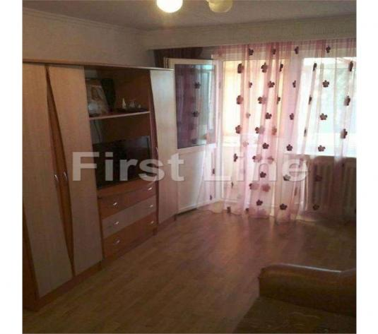 Trivale: apartament 3 camere, semidecomandat - imagine 1
