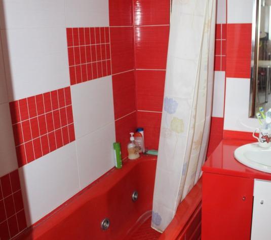Vand apartament 2 camere, decomandat, zona Podgoria - imagine 1