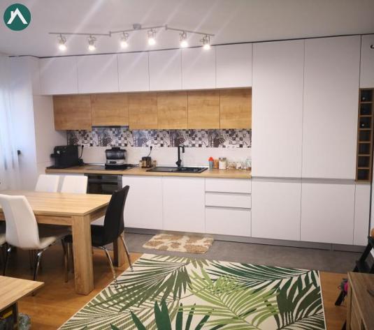 Vand apartament 4 camere super finisat si mobilat impreuna cu parcare, zona Vivo - imagine 1