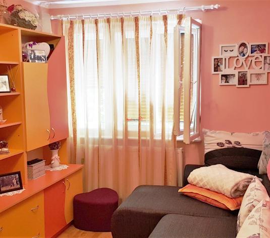 Apartament 2 camere, mobilat, utilat, Cetate - imagine 1