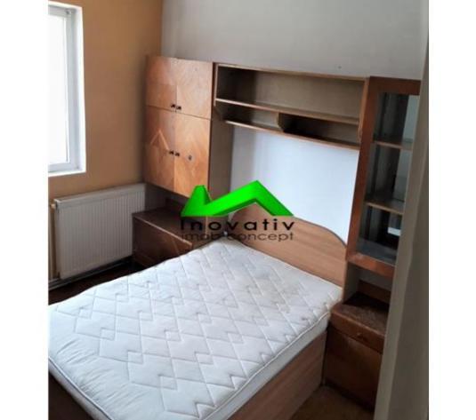 Apartament 2 camere,decomandat,balcon si pivnita,Strand - imagine 1