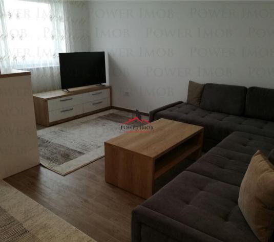 Inchiriere apartament 2 camere, zona MALL CORESI - imagine 1
