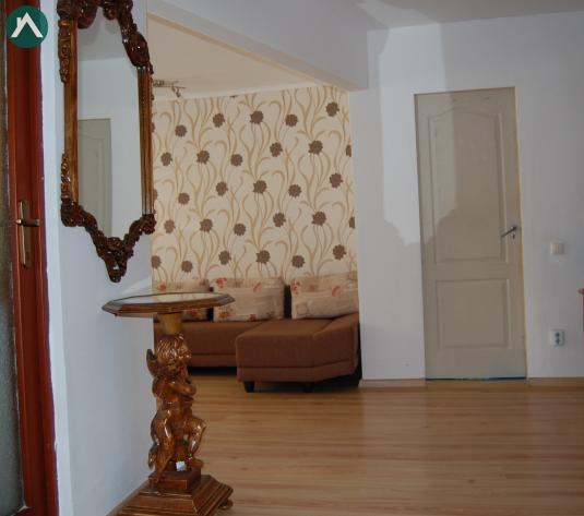 Vand apartament 2 camere, Baciu, cu terasa - imagine 1