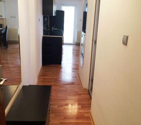 Inchiriez apartament 2 camere, etajul 2, zona Alfa - imagine 1