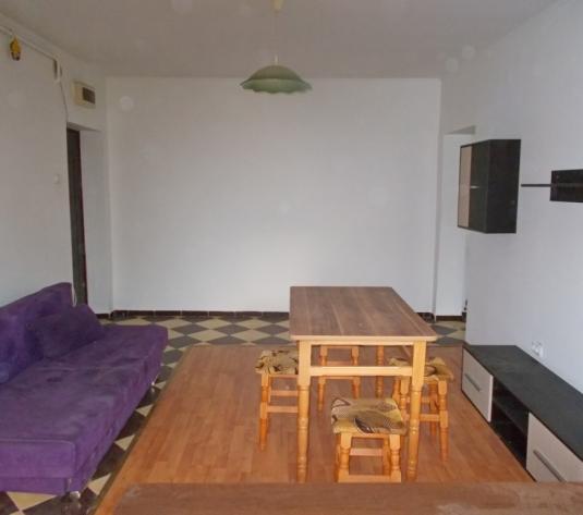 Apartament 2 camere parter, zona Strand 2 - imagine 1