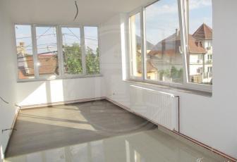 Vanzare apartament 2 camere, semidecomandat, zona Marasti, Cluj-Napoca