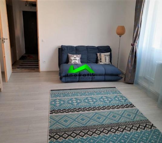 Apartament 2 camere,zona Cedonia - imagine 1