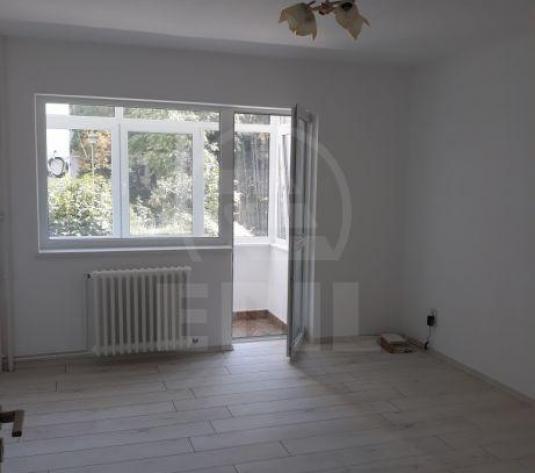 Apartamente de vanzare 2 camere Cluj-Napoca, Manastur - imagine 1