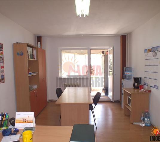 Toamnei  apartament 2 camere pretabil birouri - imagine 1