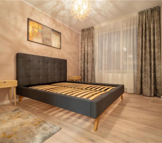 Apartament frumos cu 2 camere in zona Pta 1 Mai! - imagine 1