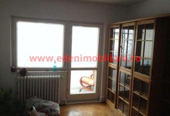 Apartament 3 camere de vanzare in Cluj, zona Gheorgheni, 85000 eur