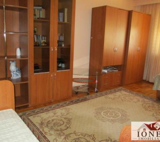 Apartament 2 camere decomandat etaj 2 de vanzare in Cetate, Alba Iulia (ID: 4093) - imagine 1